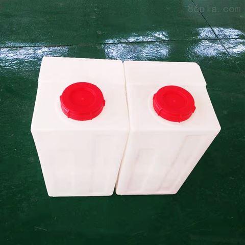 騰潔PE方形加藥箱