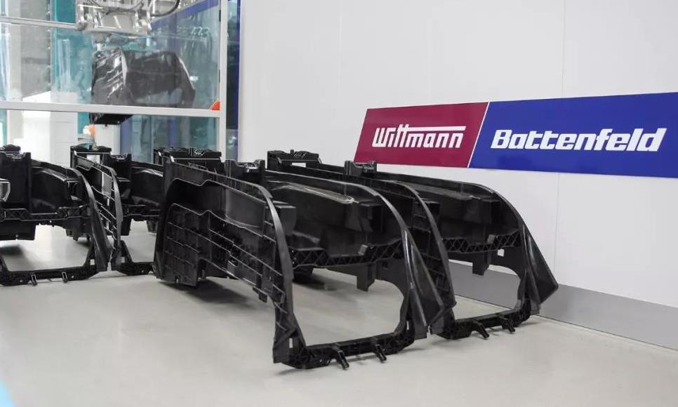 知名汽車供應商采用威猛巴頓菲爾節能注塑機