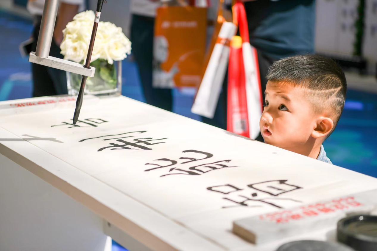 """低调称霸中国制品市场多年,最近竟然一""""桶""""上海?"""